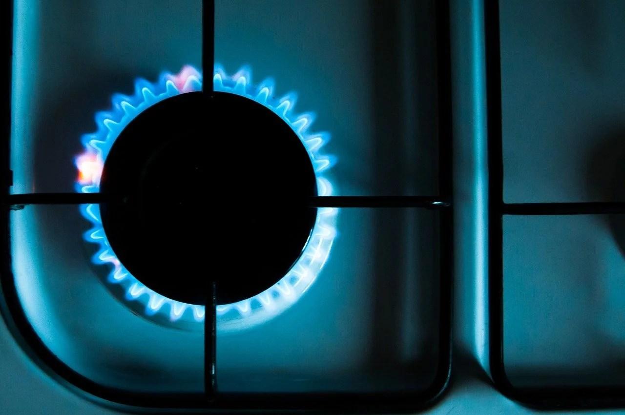 Notre facture énergétique coincée entre un faux débat et des impôts camouflés