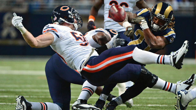 Chicago-Bears-Shea-McClellin-vs-Rams