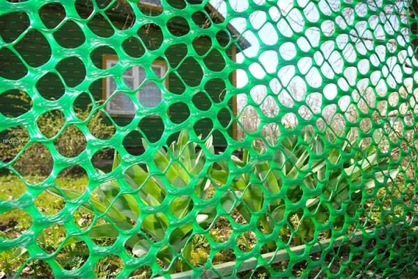 Бюджетный забор: фото, видео, обзор сетки для забора на даче