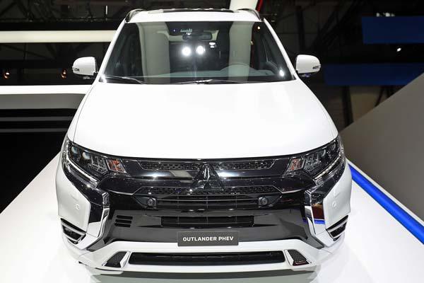 Митсубиси Аутлендер 2019 2020 года: цена, новая модель, фото