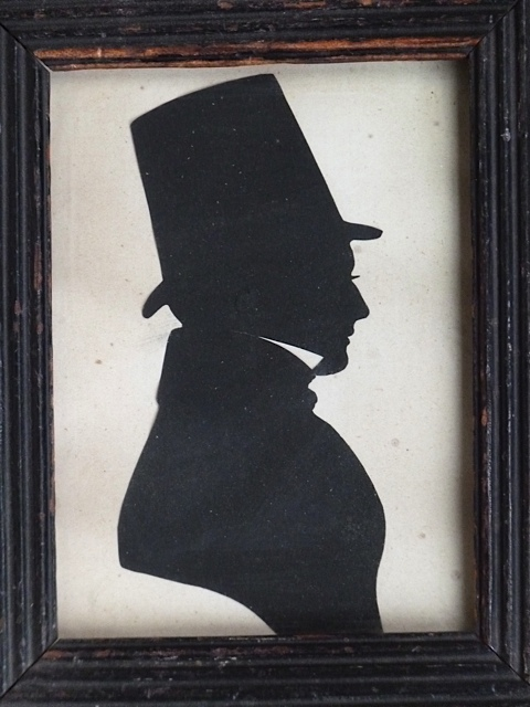 A Silhouette from Nearly 200 Years Ago (1/2)