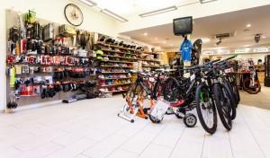 Scegliere la bici da corsa: il negozio
