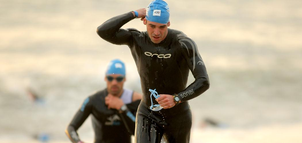 Come indossare la muta da triathlon