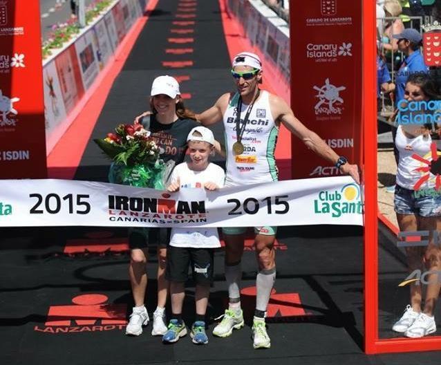 Alessandro Degasperi, vincitore dell'Ironman Lanzarote… con la famiglia