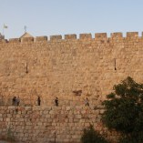 旧市街の外壁