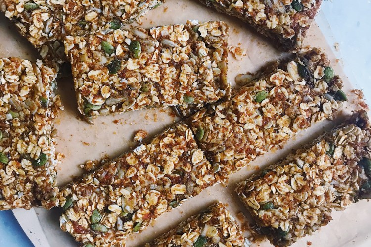 Vegan & Gluten-Free Pumpkin Pie Granola Bars (with a nut-free option!)