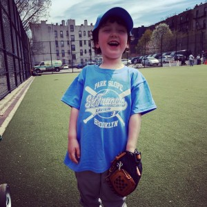 baseball, red sox, curse of the bambino, tee-ball, t-ball, red sox idiots, sports, kids, children, family, dads, fatherhood, dad and buried, funny, humor, dad blogs, moms, mom blogs, mommy bloggers, family, athletics