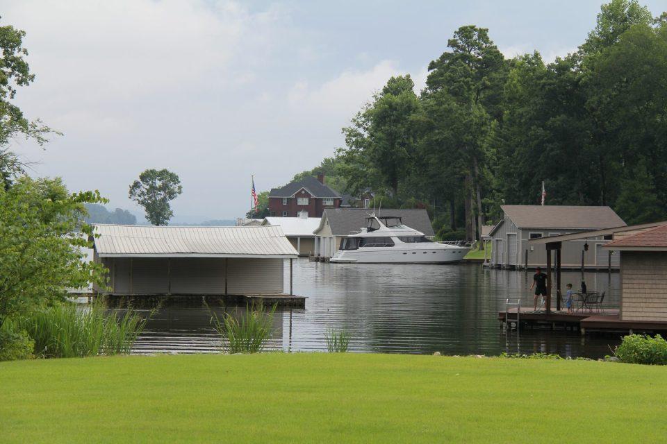Lake Gville