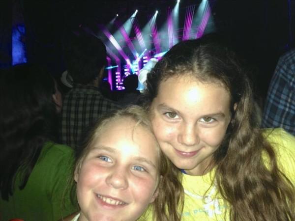 Kids at Concert 1