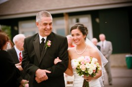 19-bride-wtih-dad-dianna-hart-photography-2