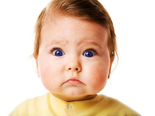 astonished_kid Ранние признаки аутизма у детей