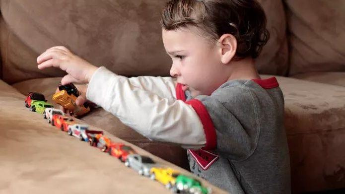 qdntoqhxzdkzqvb1dtxg Ранние признаки аутизма у детей