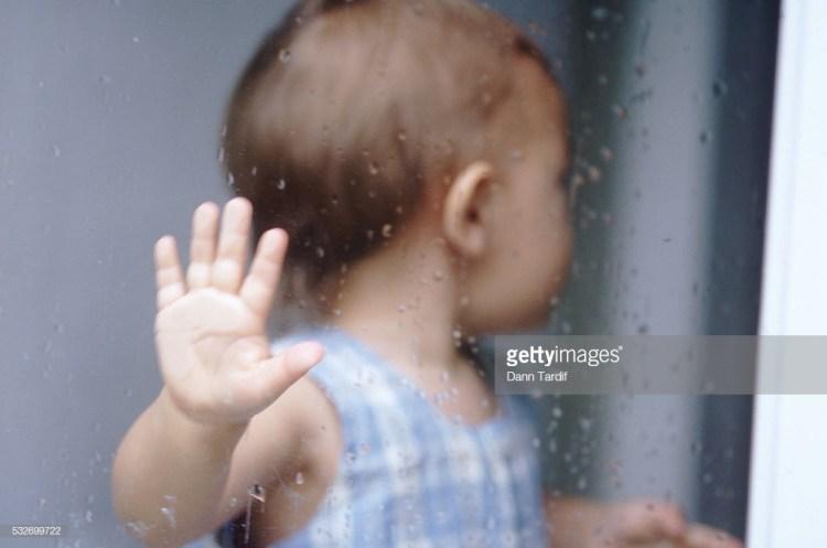 532699722-1024x1024-1024x678 Язык тела младенцев. На что они вам намекают своими действиями.