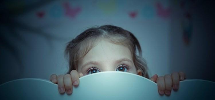 Ночные кошмары и ночные страхи у детей, причины и решения.