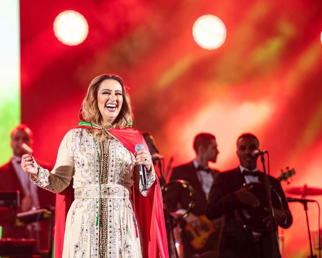 زينة الداودية تلهب أجواء موسم الرياض في ليلة مغربية بامتياز