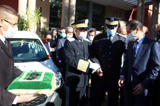 والي جهة بني ملال خنيفرة يشرف على تسليم سيارات للخدمة لمصالح ولاية أمن بني ملال