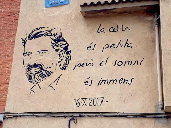 Mural dedicat a Jordi Cuixart a Santa Perpètua de Mogoda. | ND