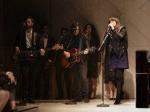 Clare-Maguire-performing-live-at-the-Burberry-_London-in-Los-Angeles_-event