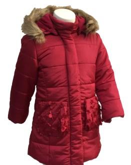 Dolce Petit abrigo rojo acolchado detalle