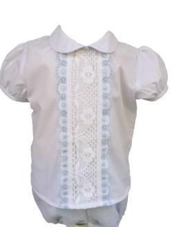 Detalle Dolce Petit conjunto pantalon celeste y camisa