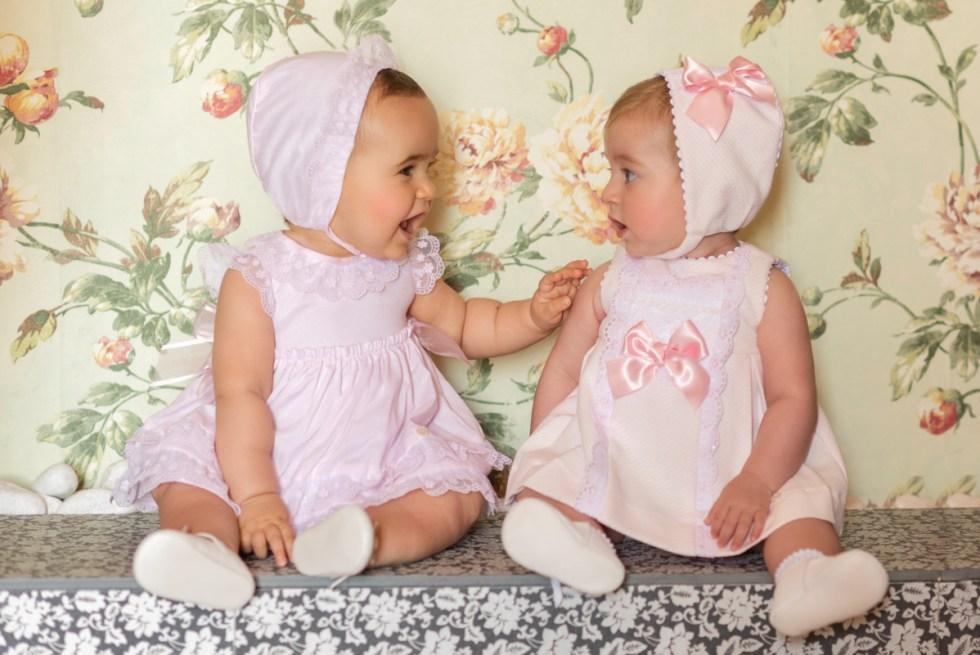 Catálogo Dolce Petit vestido rosa con braga y capota