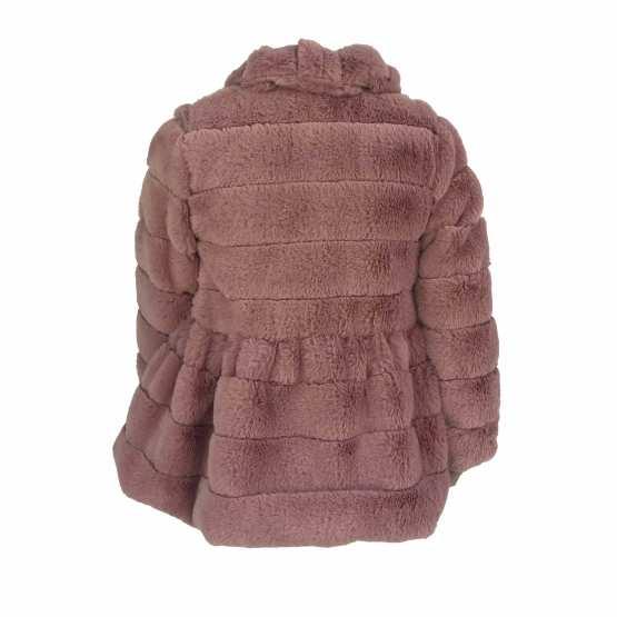 Espalda Marta y Paula abrigo vuelo rosa mutón