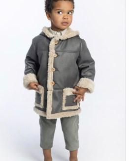 Catálogo Jose Varon chaquetón niño piel vuelta con forro de pelo