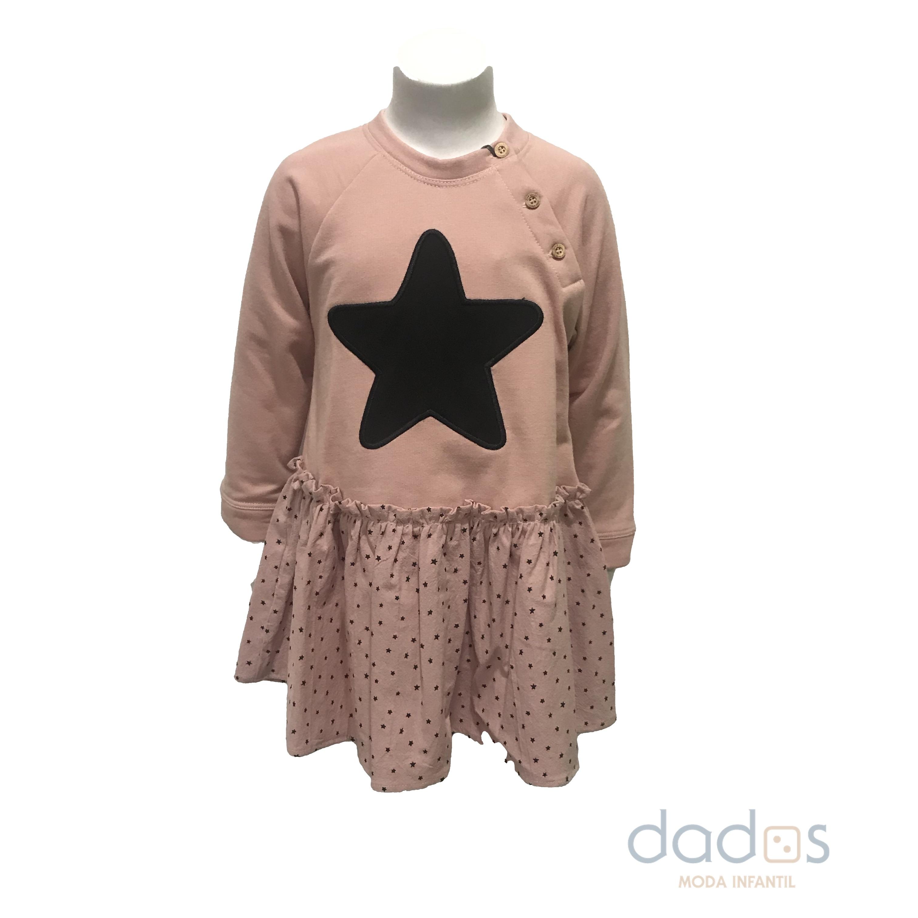 José Varón vestido rosa estrella