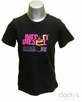 Diesel camiseta negra logo letras irregulares