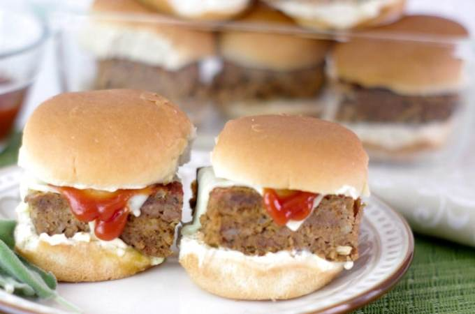 Easy Meatloaf Sliders