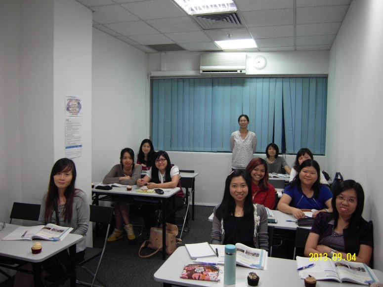 Teacher Ms Kim and her students Learn Easy Korean at Daehan Korean Language Centre