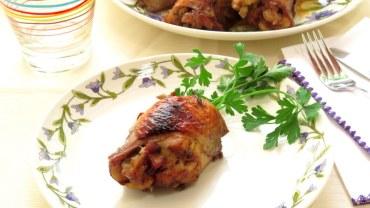 ירכי עוף במלית עשבי תיבול אגוזי קשיו במרינדת יין וסילאן