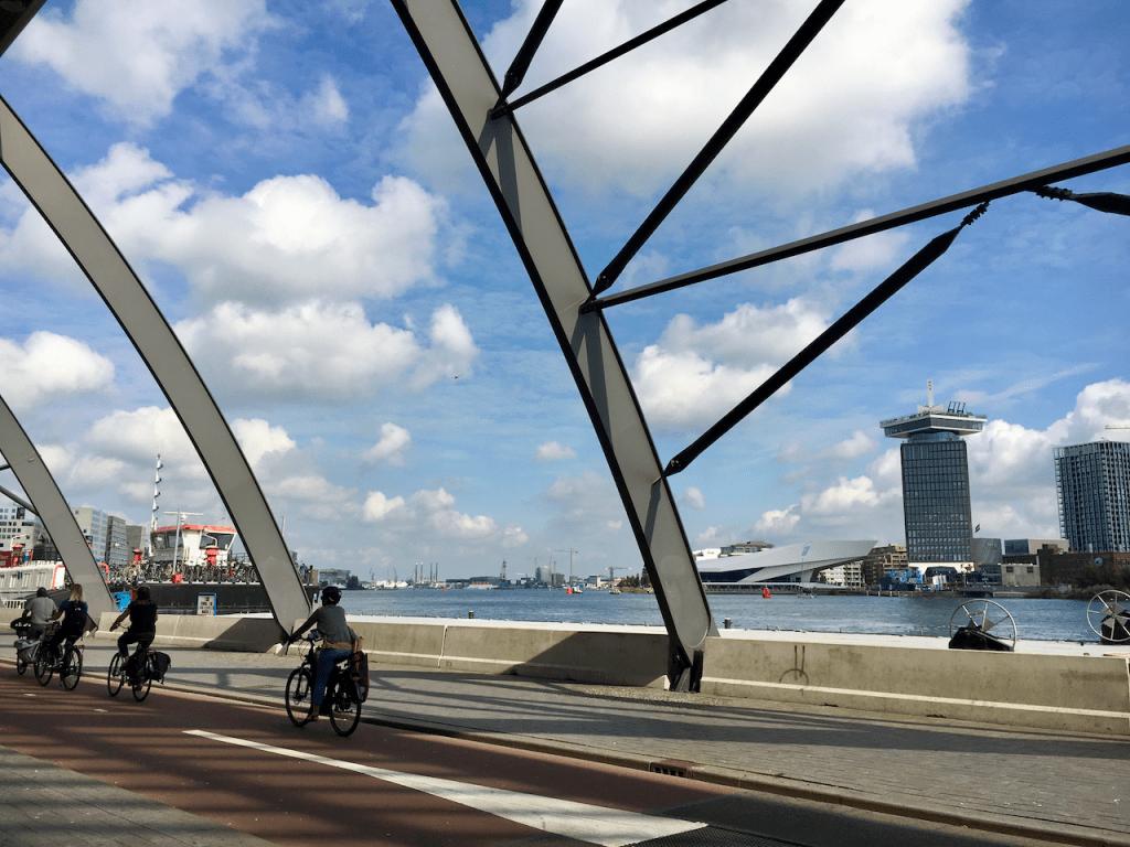 Blick vom Hauptbahnhof Amsterdam