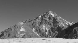 Demirkazık dağının güney yamaçları.