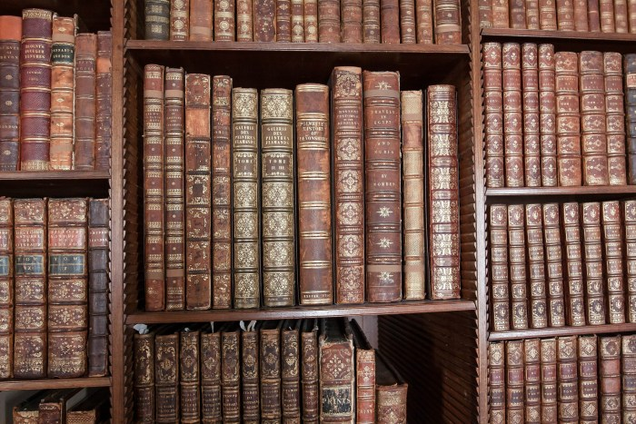 library-419254_1920