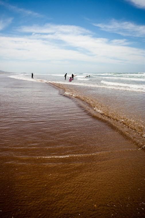 La belle et grande plage de Taghazout.