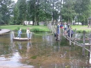 Dag van Lindenholt, spelenvaren op de vijver