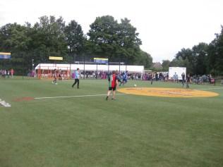 Dag van Lindenholt, voetballen op het Cruyffcourt