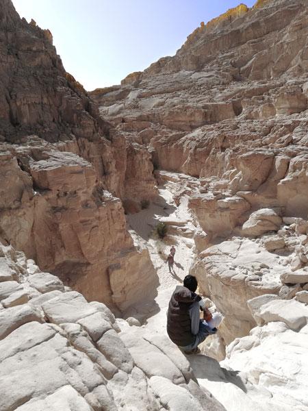 Белый и малый цветной каньоны