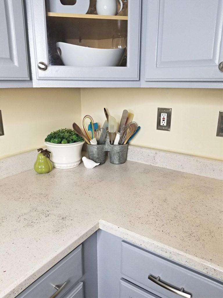 After-photo-Corner-of-kitchen