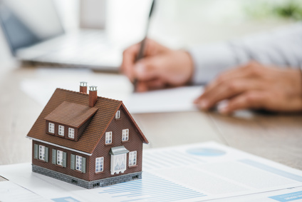 How to Handle Homeowner's Association Disputes in Texas