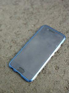 Huawei P10 金属フレームケースのバンパーブルーダーズリンブルーにを装着