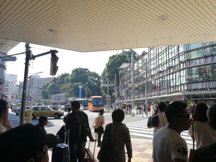 上野駅公園口前の交差点からスタバ上野恩賜公園店への行き方