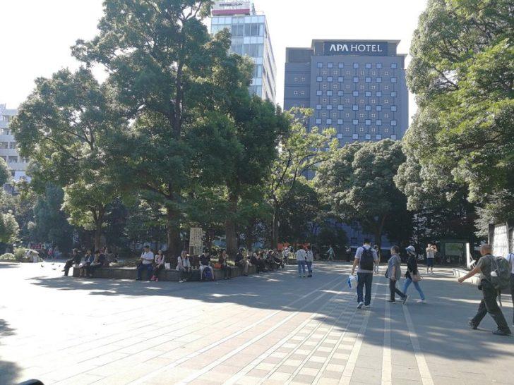上野公園の広場