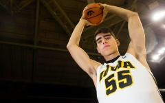 Freshmen come into Iowa men's basketball season with big opportunity