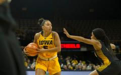 Iowa to take on UNI on the court