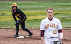 Hawkeye softball works to end losing streak