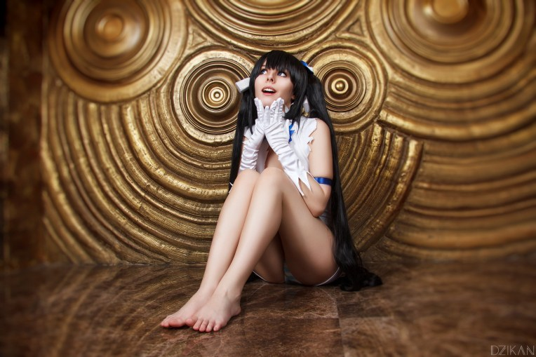 Cosplay Hestia DanMachi By Disharmonica