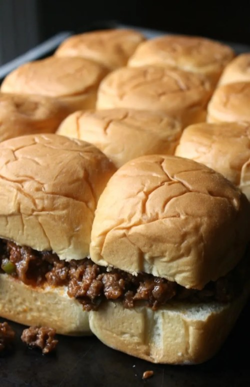 Pull Apart Sloppy Joe Sliders with King's Hawaiian Rolls and homemade Sloppy Joe sauce recipe.