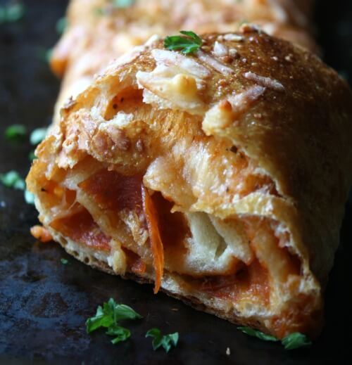 Easy Pepperoni Stromboli